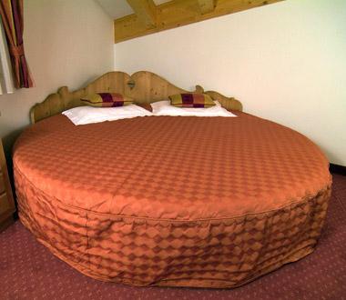 Imagine despre hotel la madonnina