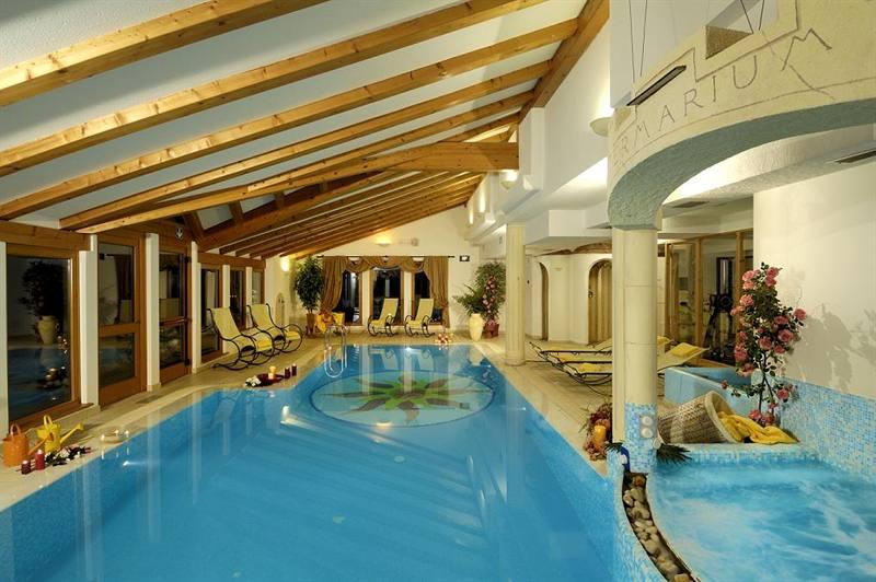 Imagine despre hotel salvadori